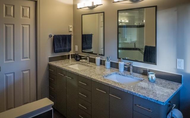 Cordova Bay Bathroom