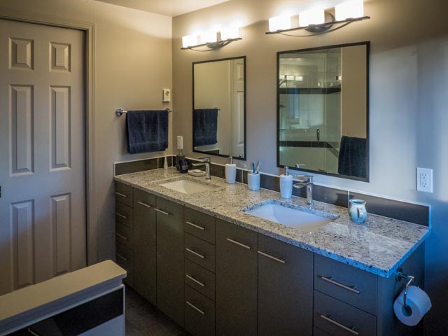 Cordova Bay Bathroom